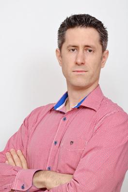 Δρ. Μιχαήλ Κουντζ, Χειροπράκτης